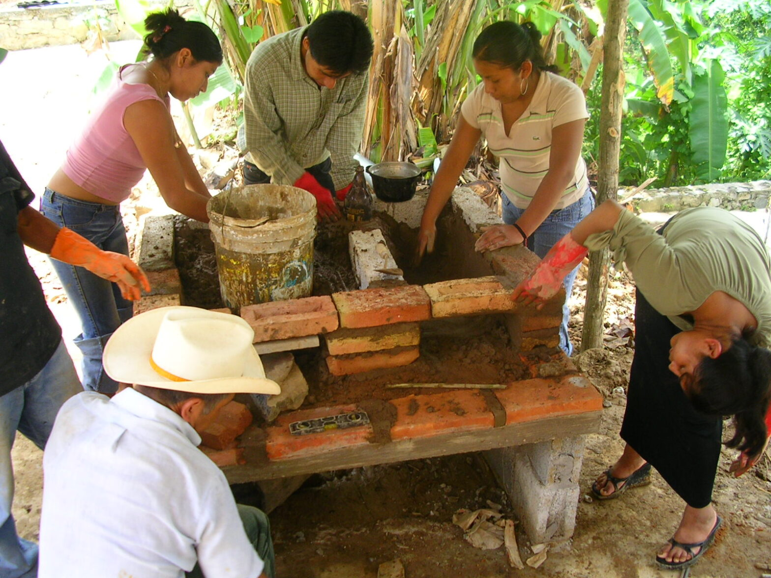 Indigenous Communities in the Huasteca Region - Ecological Stoves